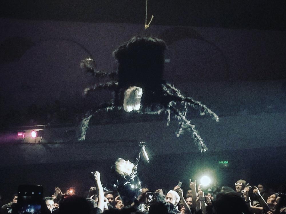 Víctimas del Dr Cerebro, una celebración de Monstruos y en 3D (3/4)